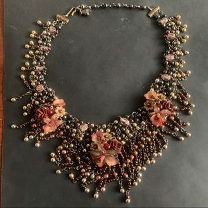 Necklace Beaded collar. EUC